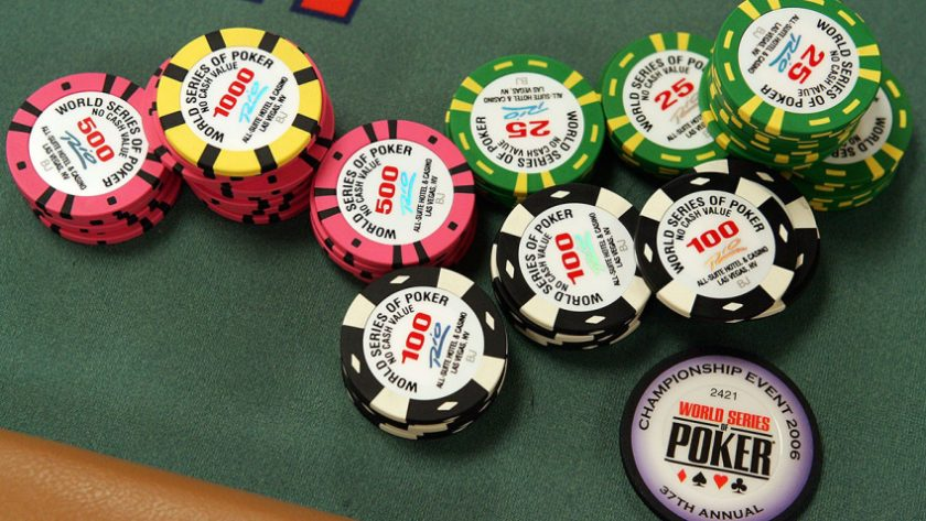 These 10 Hacks Will Make Your Gambling Look Like A professional